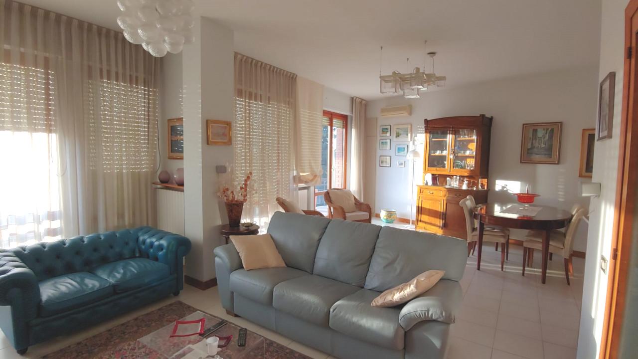 Macerata ampio appartamento in zona riservata e tranquilla