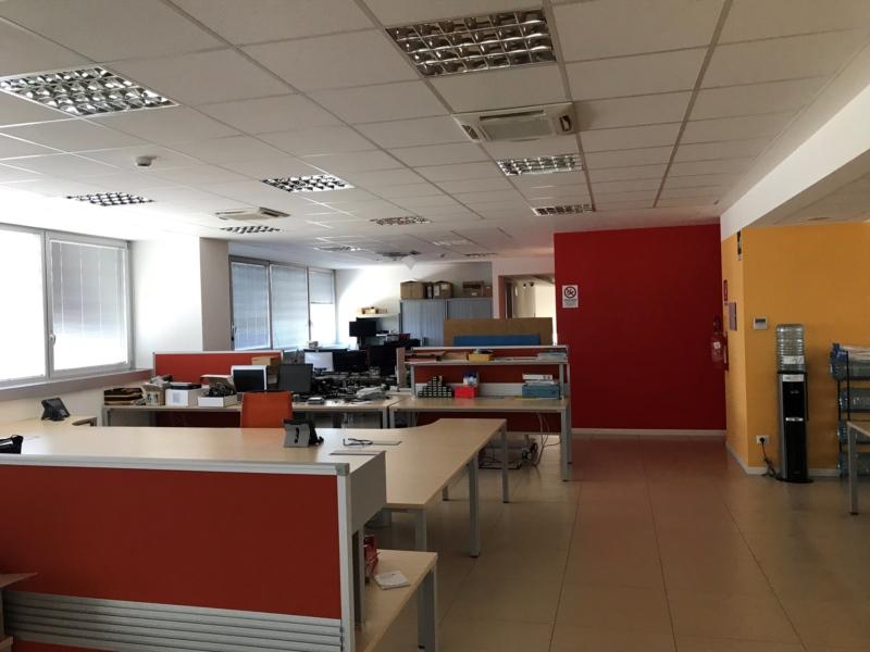 Ancona zona Baraccola  in fabbricato  di recente costruzione in classe A , affittiamo