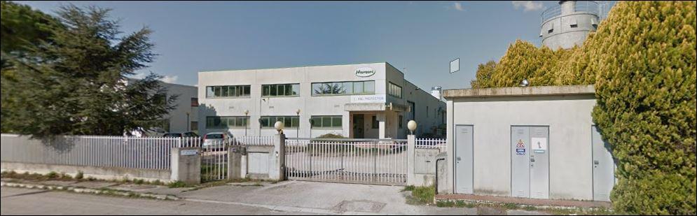 Comune di Recanati vendiamo  capannone singolo di circa 1400 mq. con corte