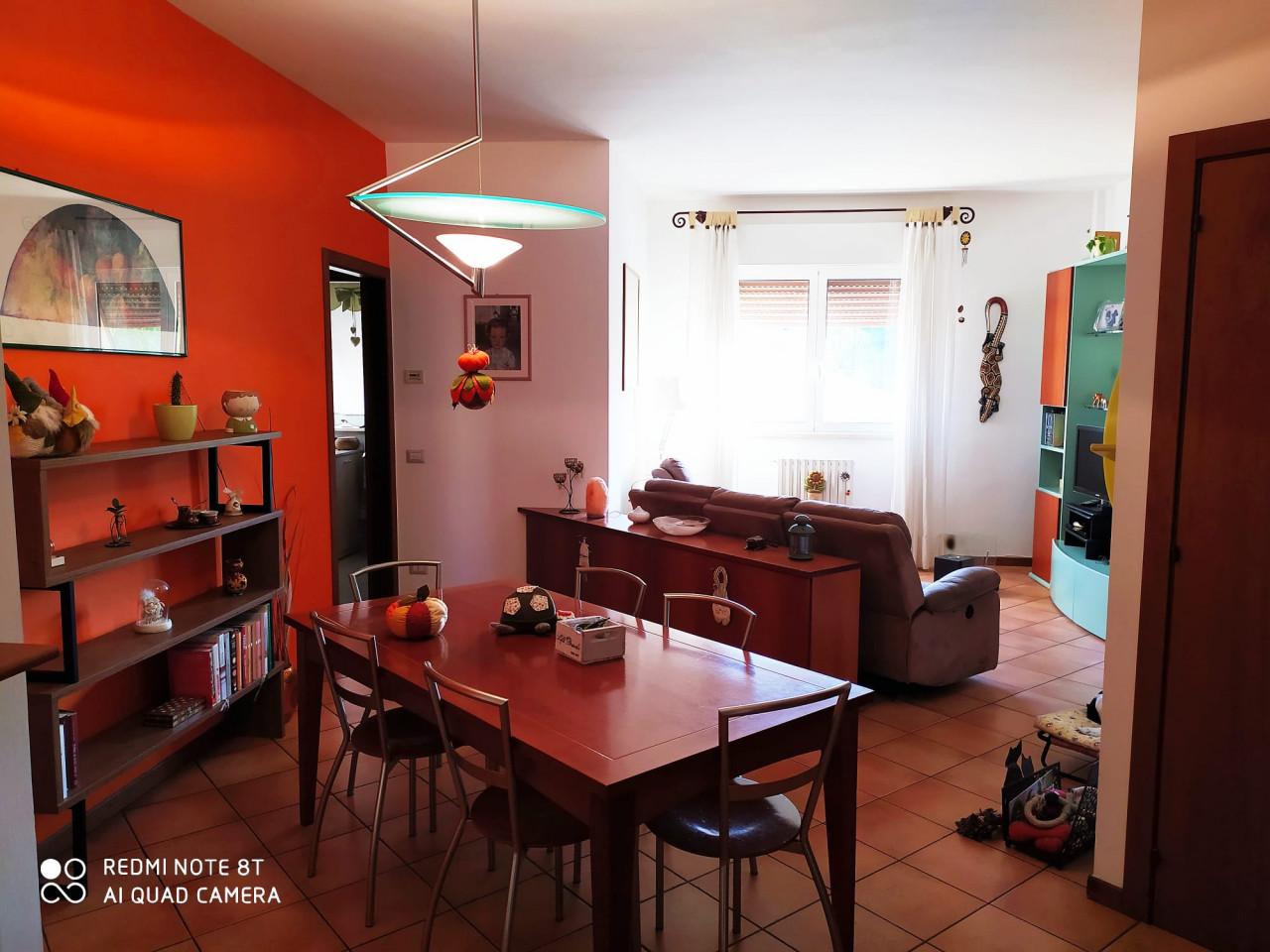 A3534 Palombare ottimo appartamento mq 80 con balcone luminoso