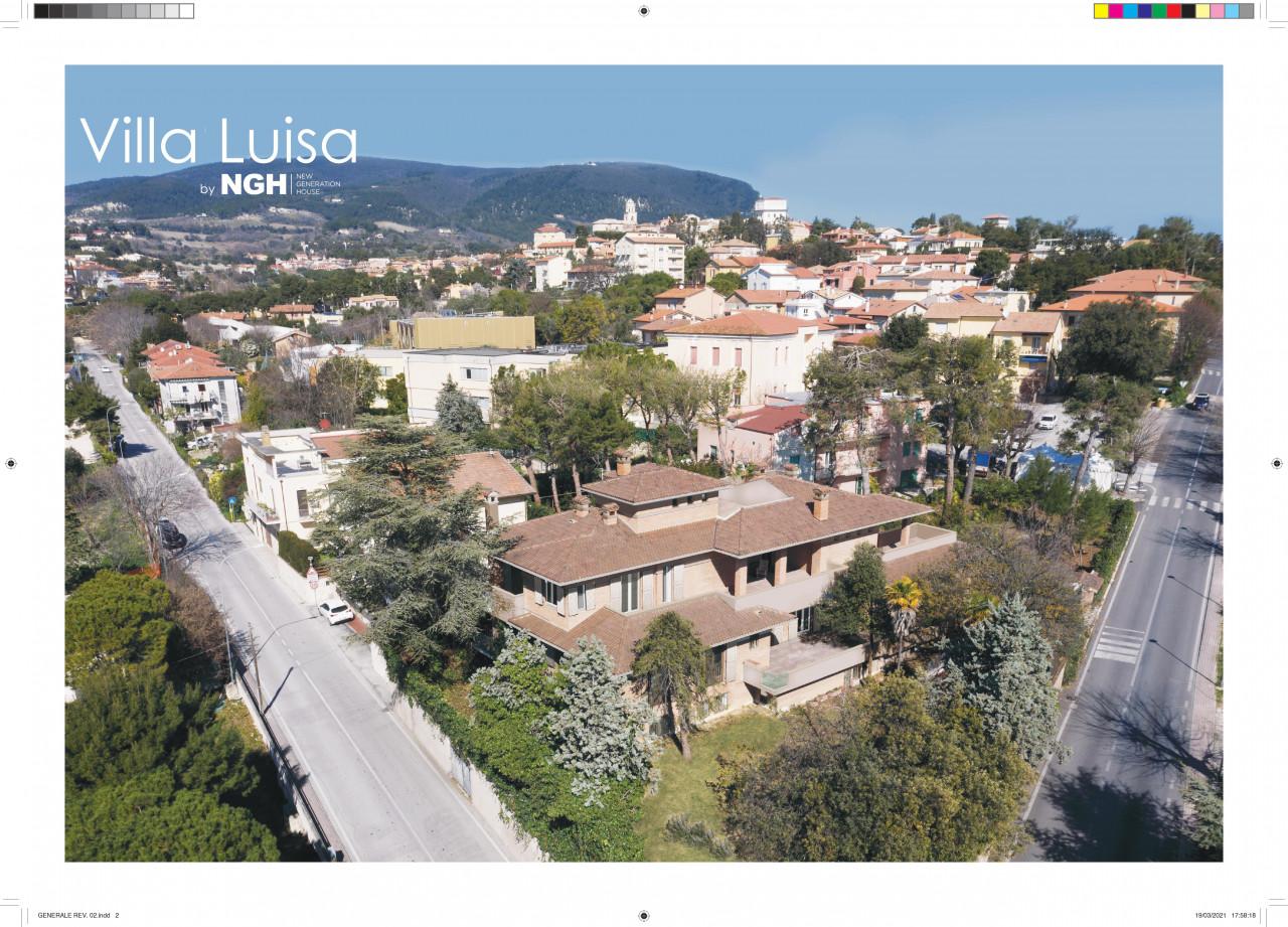 """SIROLO Appartamento """"San Michele"""" giardino e corte pavimentata."""