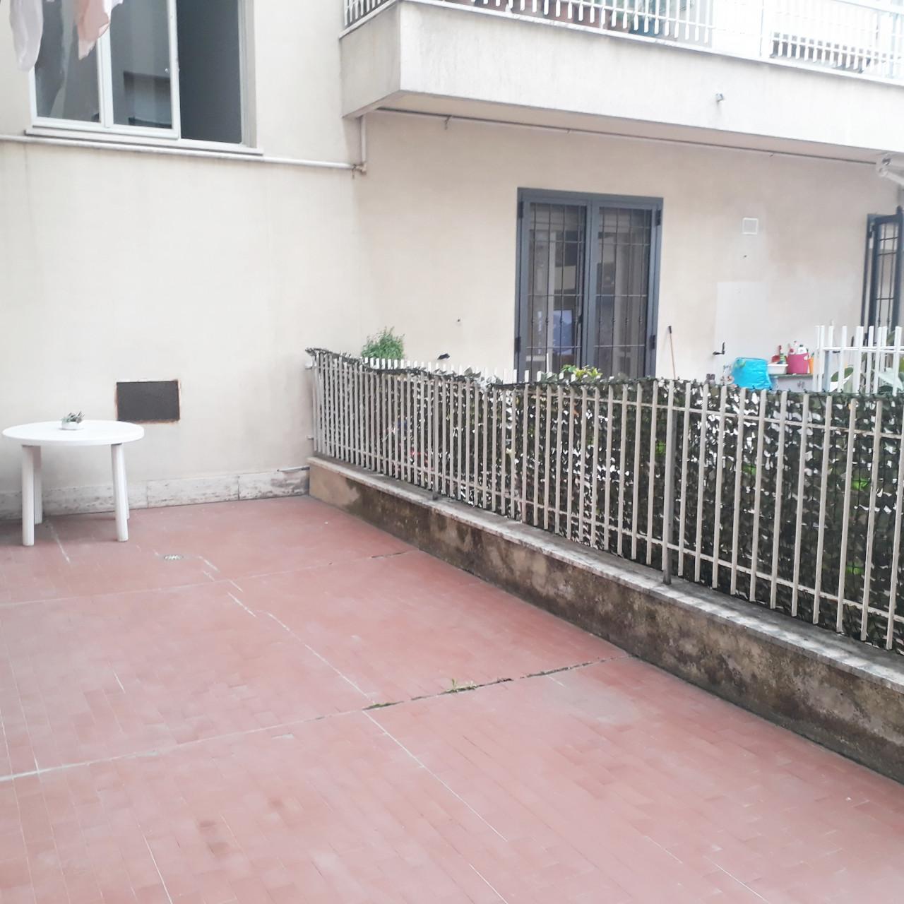 A3572 Zona Grazie appartamento con corte privata