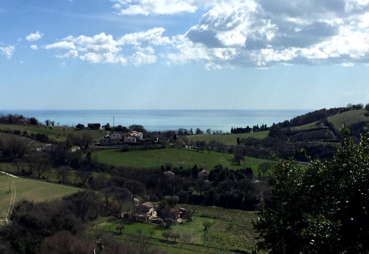Ancona Parco del Conero complesso immobiliare e terreno