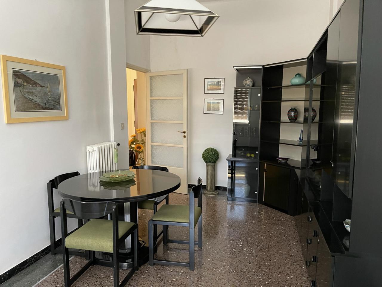 Ancona zona Corso Carlo Alberto vendiamo ottimo appartamento 120 mq
